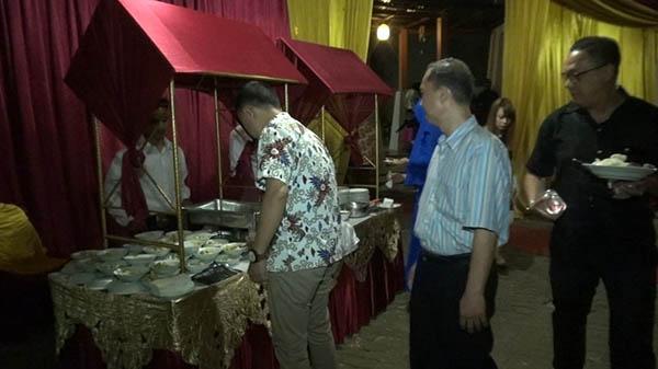 Catering di Kota Bambu Utara dan Kota Bambu Selatan
