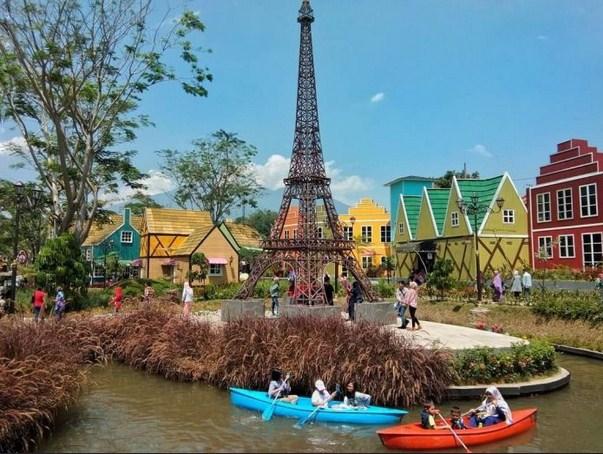 Tempat wisata di Bogor Devoyage Bogor